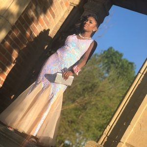 Selling this prom dress for $200